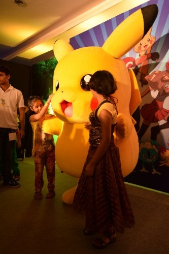 pikachu-meet-and-greet-world-children-expo-dream-theatre