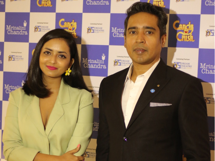 Mrinalini-Chandra-and-Jiggy-George-at-the-Candy-Crush-Jewellery-Launch-hosted-by-Mrinalini-Chandra-and-Dream-Theatre